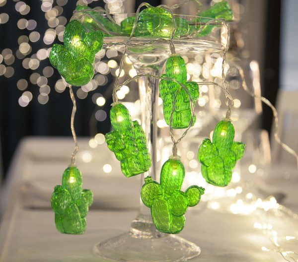 """LED Lichterkette """"Kaktus"""" - 10 grüne Kakteen - warmweiße LED - L: 1,35m - Batterie - Timer"""