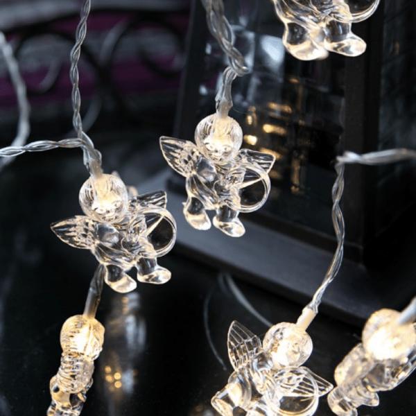 LED-Lichterkette mit Engeln - 10 warmweiße LED - Batteriebetrieb - Timer - 1,35m - transparent