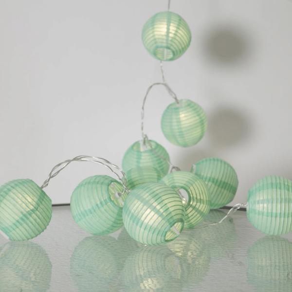 """LED Lichterkette """"Festival"""" - 10 grüne Lampions - warmweiße LED - 1,35m - inkl Trafo"""