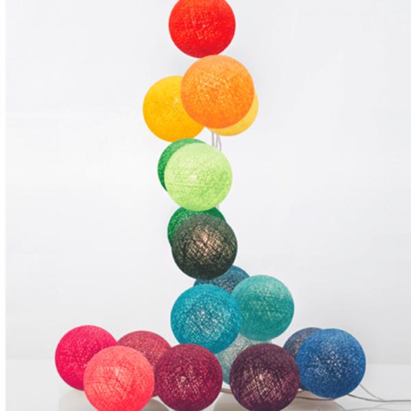 good moods* JAMs REGENBOGEN - Ball-Lichterkette mit 20 Stoffkugeln - 20 warmweiße LEDs