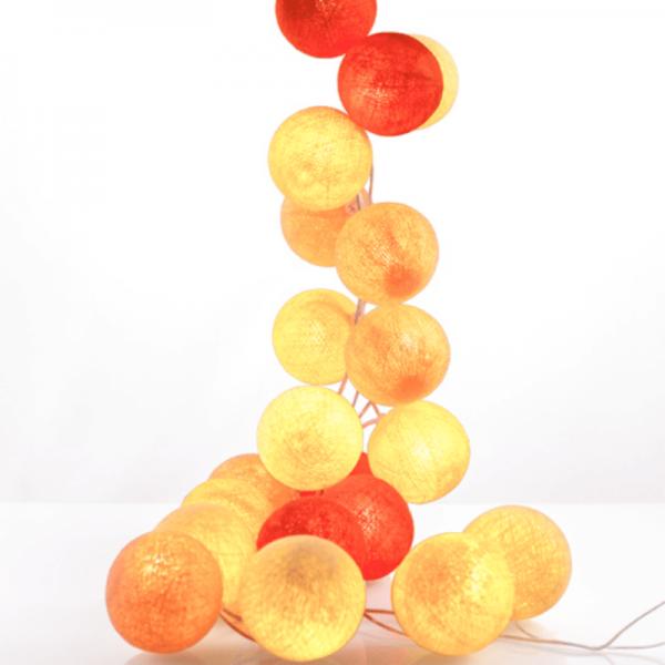 good moods* LEUCHTSTOFF - Ball-Lichterkette mit 20 Stoffkugeln - 20 warmweiße LEDs - Geschenkkarton