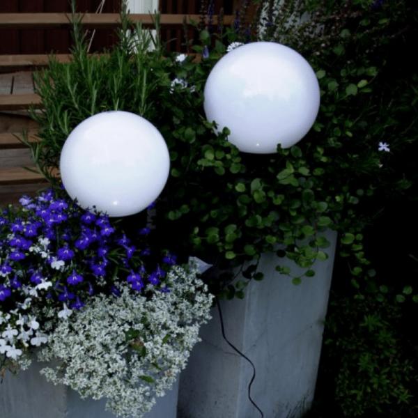 "LED Solar Gartenkugel ""Globus"" - Erdspieß - H: 32cm, D: 15cm - warmweiße LED"