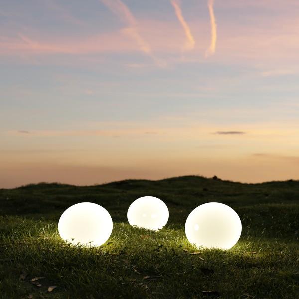 LED Solar Kugellampe - 4 warmweiße LED - H: 67,5cm D: 25cm - inkl. Erdspieß