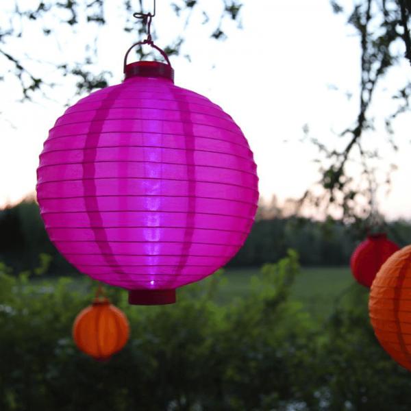 """LED Solar Lampion """"Festival"""" - kaltweiße LED - D: 20cm - Dämmerungssensor - mit Montagehaken - pink"""