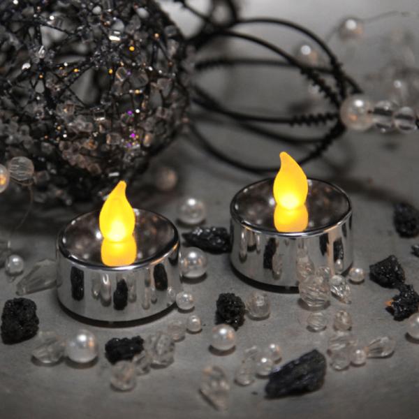 """LED Teelicht """"Mette"""" - flackernde LED - H: 4cm, D: 4cm - silber - 2er Set"""