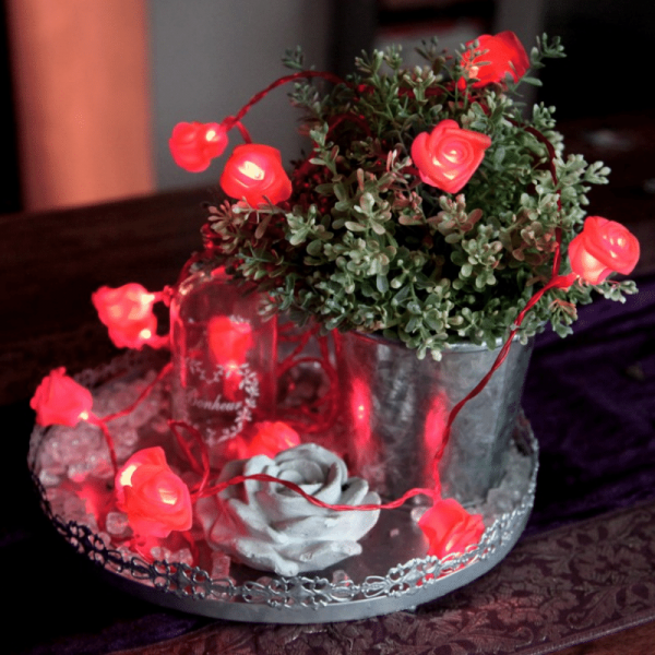 "LED Lichterkette ""Rosen"" - 15 warmweiße LED - 2,1m - Batteriebetrieb - Timer - rot"