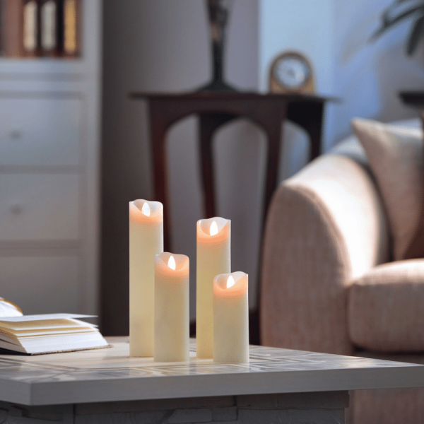 LED Wachskerze SHINE 4er Set schmal | elfenbein | gefrostet | fernbedienbar | Timer