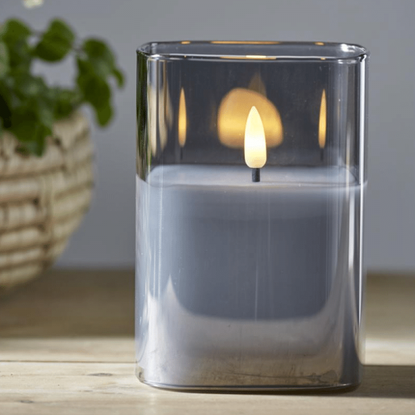 """LED Windlicht """"Flamme"""" - Echtwachs - bewegte, gelbe Flamme - Timer - H: 12,5cm - rauchschwarzes Glas"""