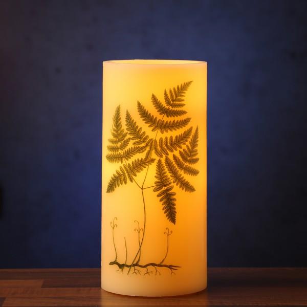 XXL LED Kerze mit Farndruck - Echtwachs - flackernde LED - H: 25cm - D: 12cm - weiß/grün