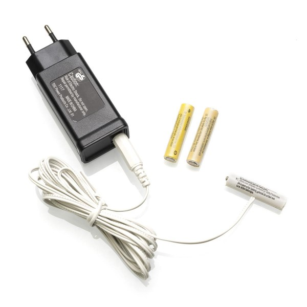 Netzadapter für Batterieartikel  (3xAAA) - Batterie Eliminator - Ersetzt 3 Microbatterien - Innen