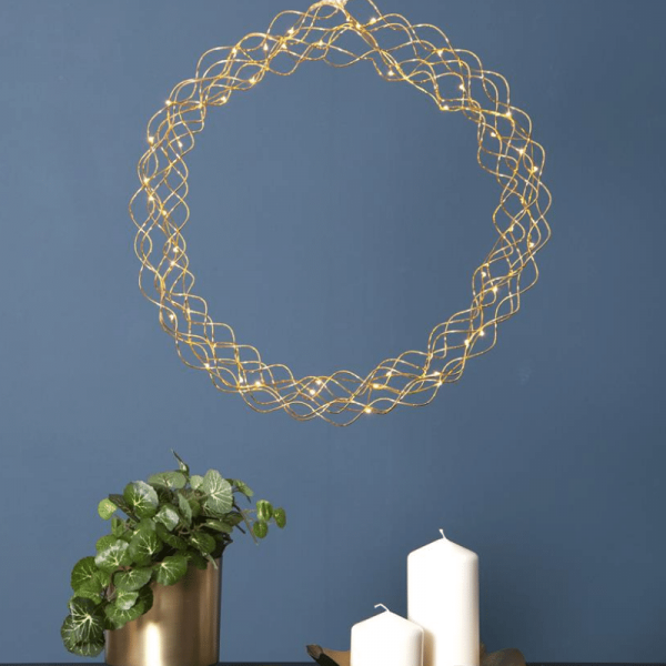 "LED-Kranz ""Curly"" - 50 warmweiße LED - D: 45cm - Material: Metall - gold"
