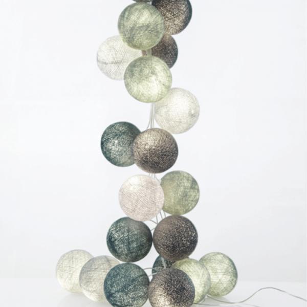 good moods* MINZBONBON 35 - Ball-Lichterkette mit 35 Stoffkugeln - 35 warmweiße LEDs