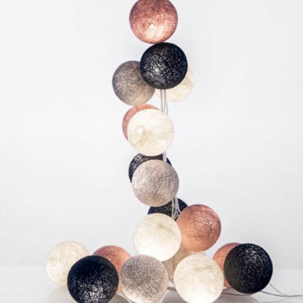 good moods* WUNDERBARE JAHRE 20 - Ball-Lichterkette mit 20 Stoffkugeln - 20 warmweiße LEDs