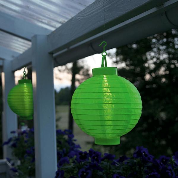 "LED Solar Lampion ""Festival"" - kaltweiße LED - D: 20cm - Dämmerungssensor - mit Montagehaken - grün"