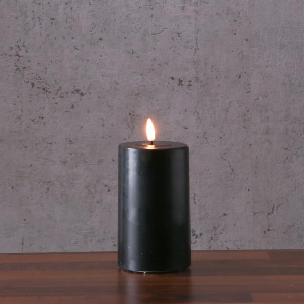LED Stumpenkerze MIA - Echtwachs - realistische 3D Flamme - H: 12,5cm - Batteriebetrieb - schwarz