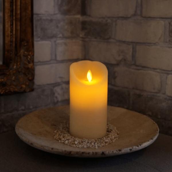 LED-Kerze   Echtwachs   Twinkle   mechanisch bewegte Flamme   Timer   Creme   →8cm   ↑15cm