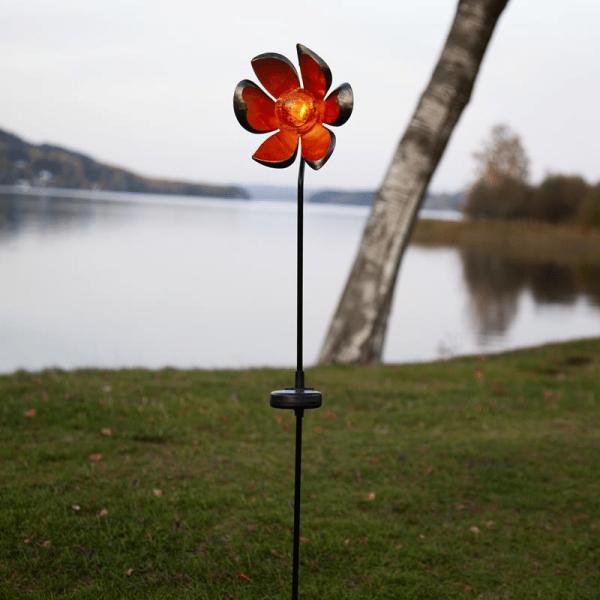 """LED Solarstab """"Flora""""- schwarz - amber LED - Glaskugel in Blüte - H: 84cm - Dämmerungssensor"""