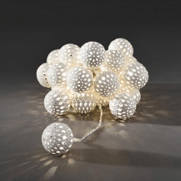 LED Dekolichterkette - 24 warmweiße LED - Ø 4cm - L: 3m - transparentes Kabel - weiß