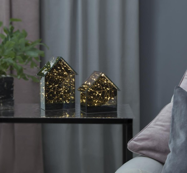 "LED Glashaus ""Mirror House"" - 18 warmweiße LED - H: 20cm L: 14cm - Batteriebetrieb - Timer"