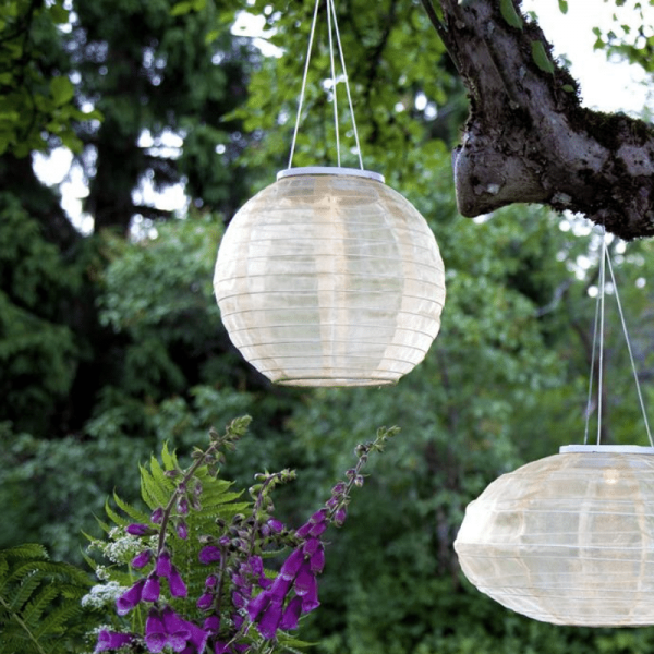 "LED Solar Lampion ""Festival"" - warmweiße LED - D: 25cm - Dämmerungssensor - beige"