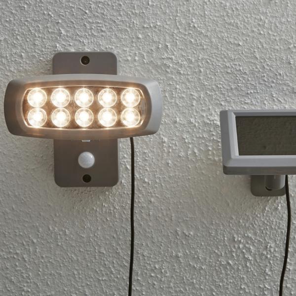 """LED Solar Strahler """"Powerspot"""" - warmweiß - 50lm - mit Bewegungsmelder und Lichtsensor - H: 15cm"""