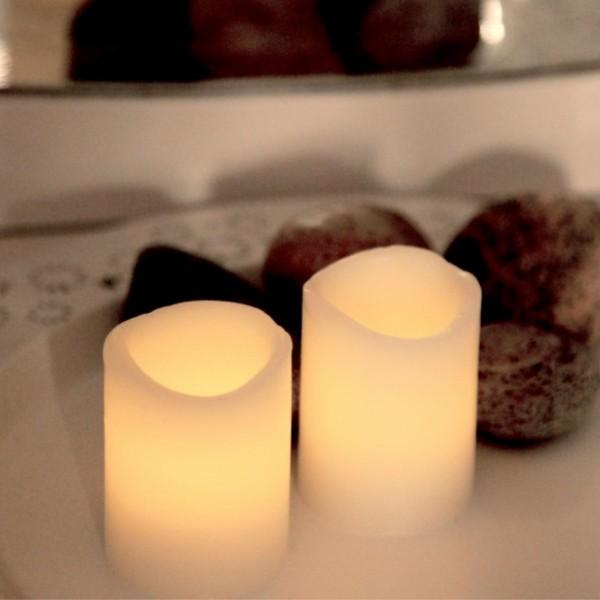 "LED Kerzenset ""Wave"" - Echtwachs - flackernde LED - Timer - H:6cm, D:5cm - 2er Set - weiß"